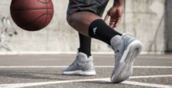basketball shoes that with softer cushioning